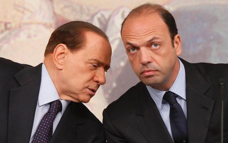 La parodia SILVIO BERLUSCONI/ANGELINO ALFANO_Barty Colucci by Cannymix