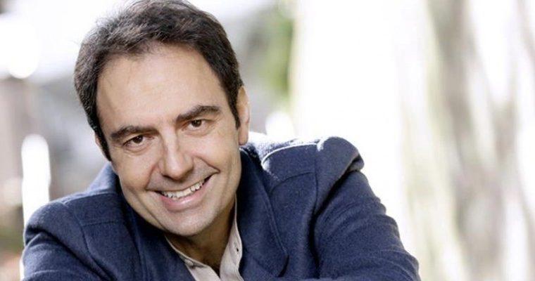 """Neri Marcorè ed """"Una Ferrari per due"""""""
