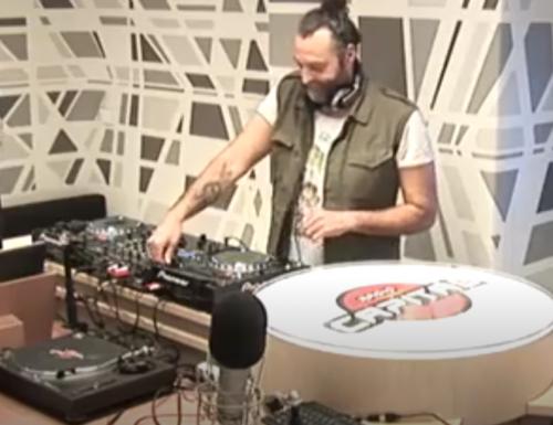 "16:10 17/3/17 Live Dj Set su Radio Capital ""Thank God it's Friday"" con Massimiliano Troiani"